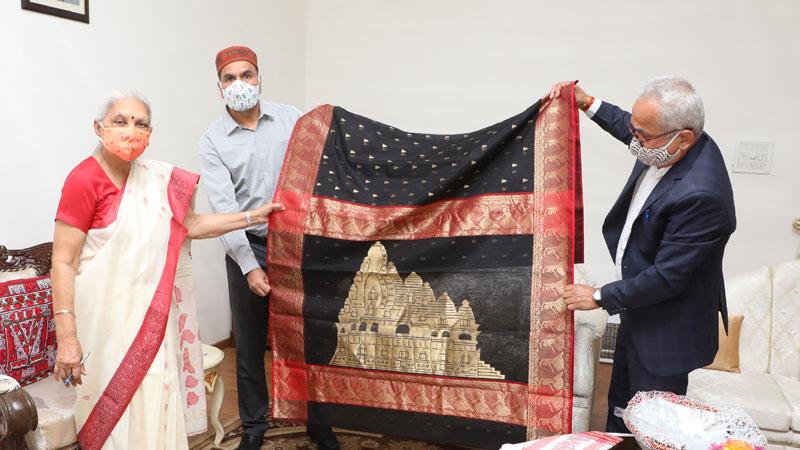 Governor Mrs. Patel launches saree based on Khajuraho World Heritage Series