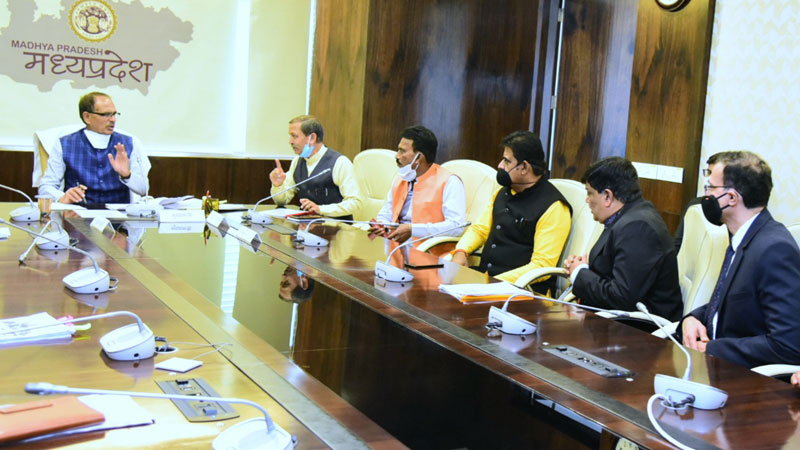 Industrialists met Chief Minister Shri Chouhan for setting up industries