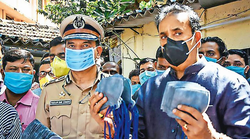 Maharashtra govt moves Supreme Court against Bombay HC's order asking CBI to probe charges against Anil Deshmukh